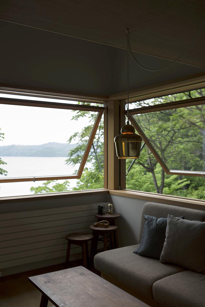 八島正年 + 八島夕子「野尻湖の小さな家 | Small house on Lake Nojiri」の画像2